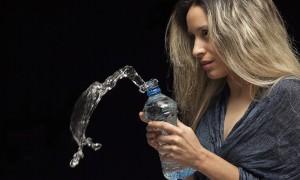 «Выгоднее, чем торговля наркотиками». В России поставлена на поток продажа поддельной питьевой воды