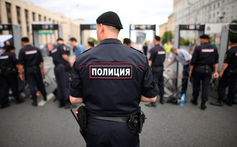"""В МВД выпустили инструкцию для сотрудников, когда наказывать за """"неуважение к власти"""""""