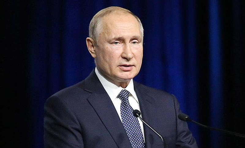 Путин увеличил маткапитал и приказал выплачивать его уже на первого ребенка