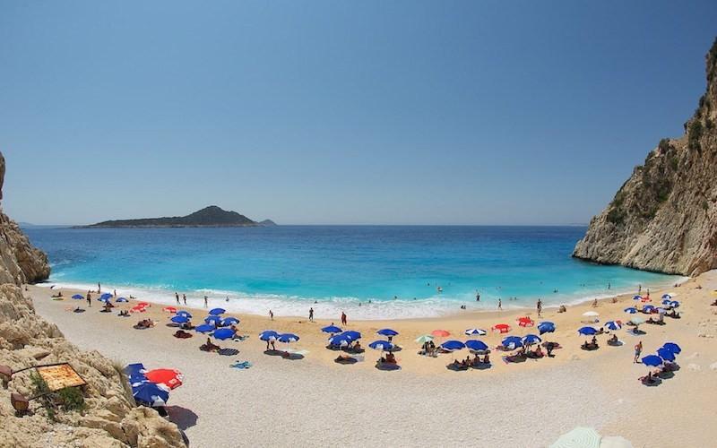 Турция резко снизила цены на отдых для российских туристов