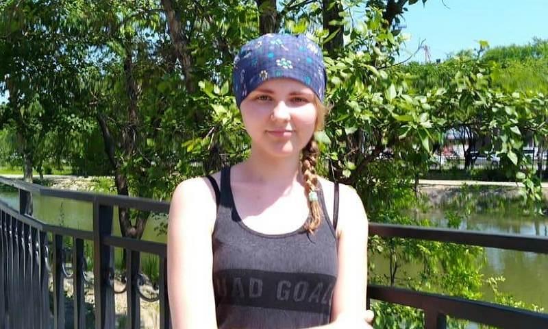 Студентка Амурского университета Алена Комарова спасла жизнь мужчине, тонувшему в озере