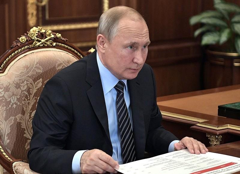 Путин посоветовал чиновникам работать