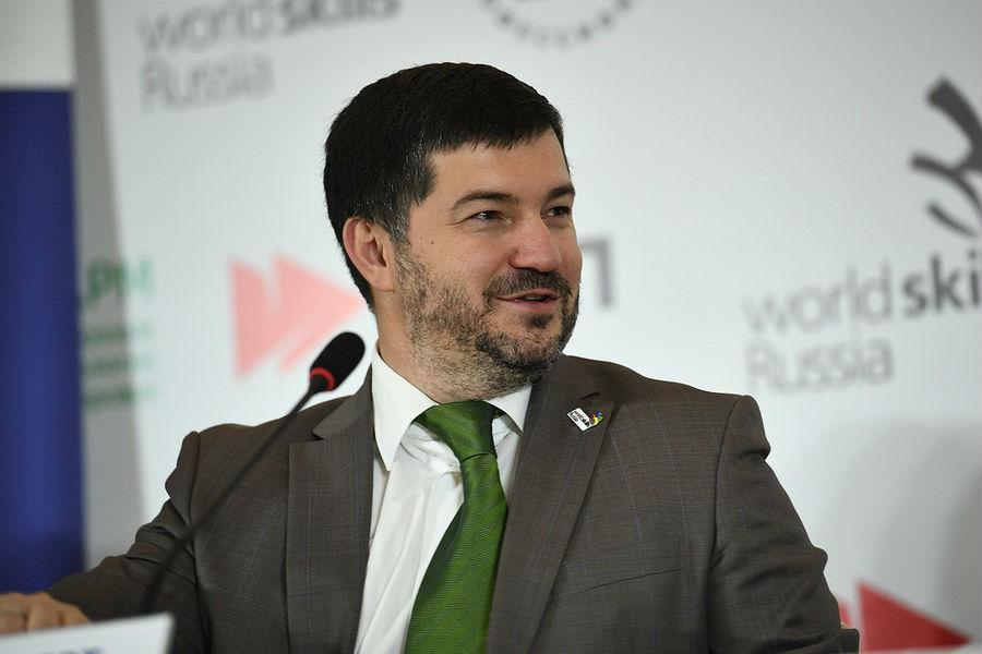 Генеральный директор Союза «Молодые профессионалы (Ворлдскиллс Россия)» Роберт Уразов