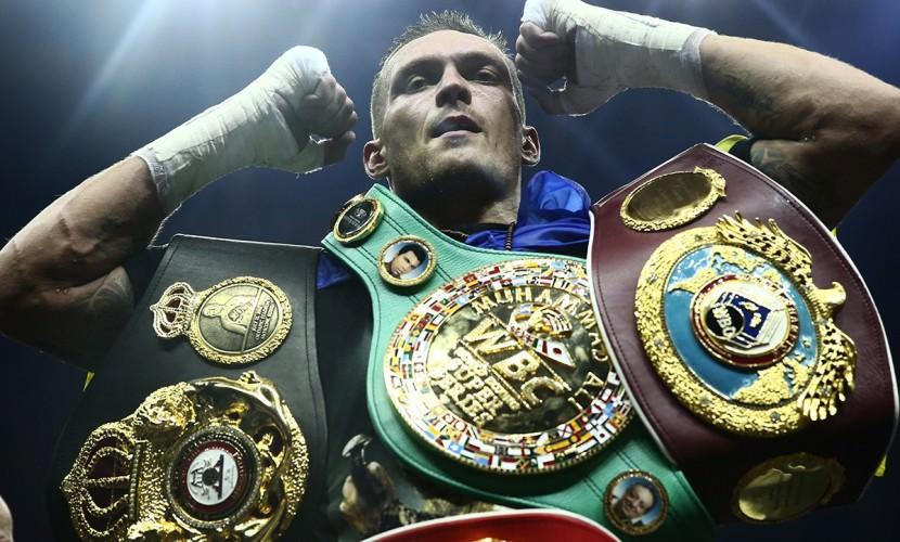 Украинский боксер Усик отказался драться с россиянами