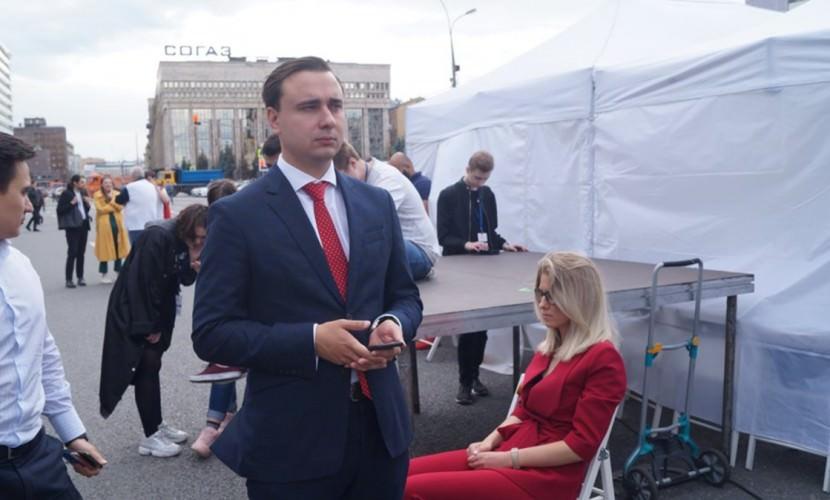 Соратники Навального бегут из России