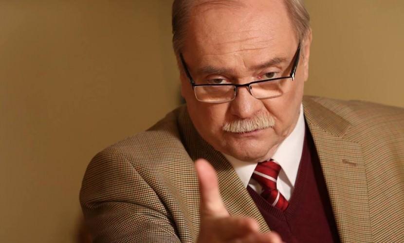 Режиссер Владимир Бортко решил снять свою кандидатуру за считанные дни до выборов