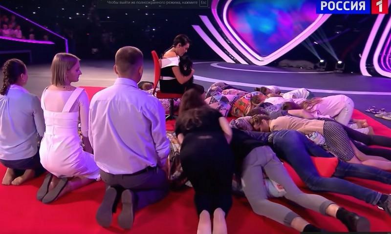 Шпиц по кличке Принцесса усыпил 15 человек в эфире телеканала