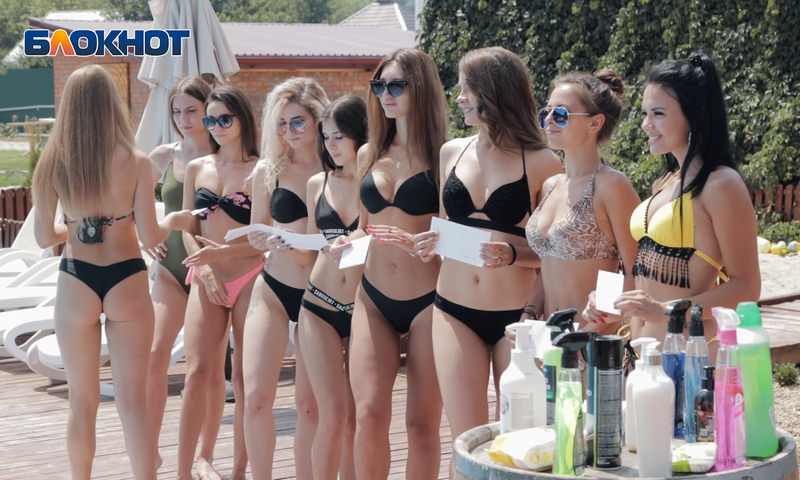 Аппетитные формы красивых девушек: какая реклама работает в современном мире