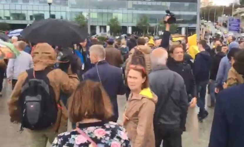 МИД РФ возмутился вмешательством американских дипломатов в митинги