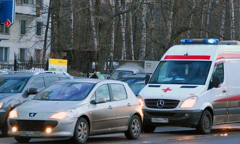 В России ужесточили наказание водителям за непропуск скорой