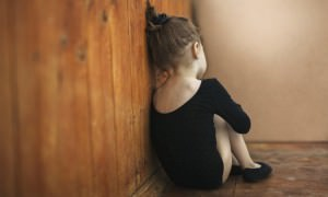 Уполномоченный по правам ребенка «разрешил» шлепать детей и вызвал скандал