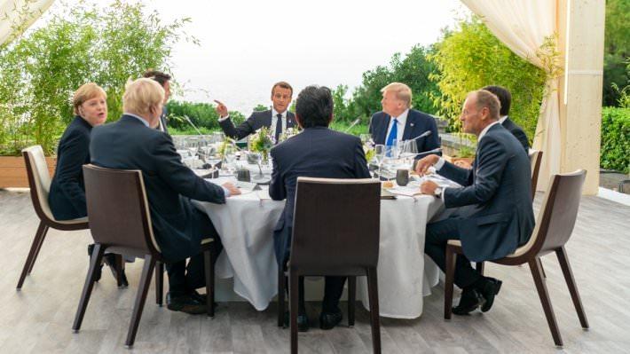 Трамп испортил ужин главам стран