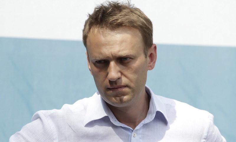 Правоохранительные органы пока не уверены, что Навального отравили