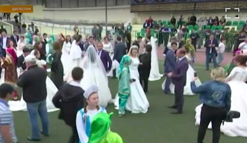 """""""Это какое-то безумие"""": жених о рекордной свадьбе в Дагестане - Блокнот"""
