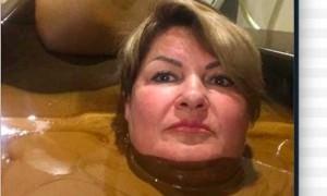 Губернатор пригрозил увольнением чиновнице за «шоколадную» ванну