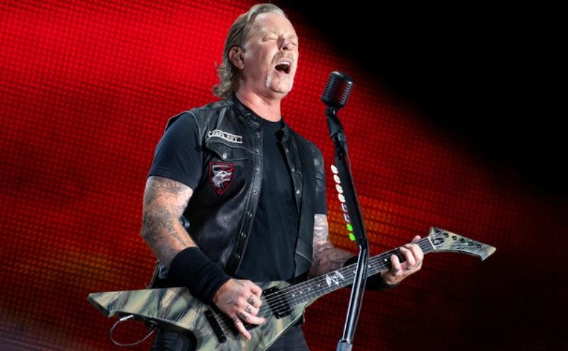 Metallica отменила концерты из-за алкоголизма вокалиста