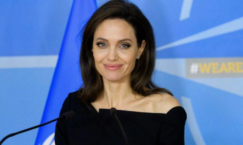 Анджелина Джоли захотела завести еще одного ребенка, чтобы «заполнить пустоту»