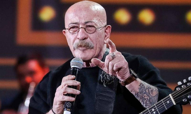 Александр Розенбаум перенес операцию по удалению опухоли