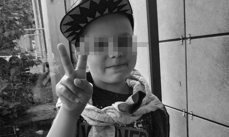Бастрыкин посмертно наградил мальчика, пытавшегося спасти деда из горящей бани