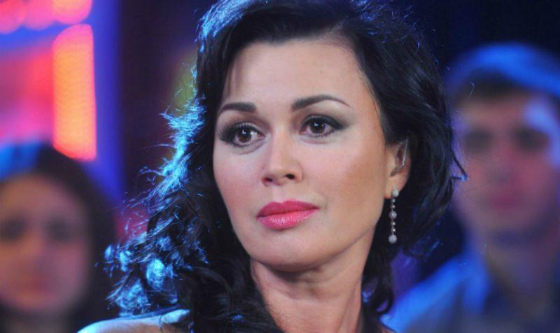 Отказали органы: состояние Анастасии Заворотнюк ухудшается
