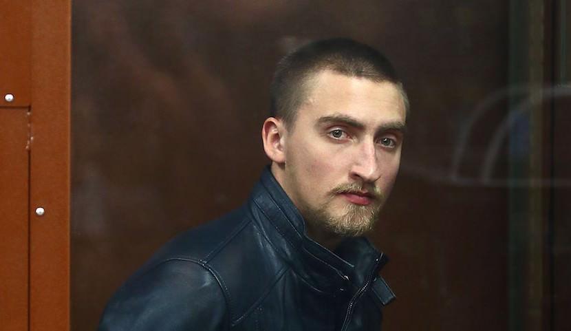 Под другим ракурсом: появилось видео задержания на митинге актера Павла Устинова