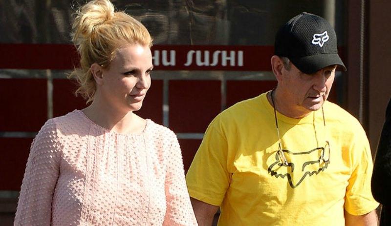 Бывший муж Бритни Спирс обвинил ее отца в насилии над детьми