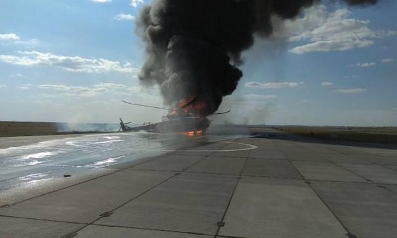 В Саратовской области упал военный вертолет Ми-8
