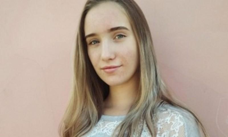 16-летняя жительница Свердловской области спасла тонущую девочку