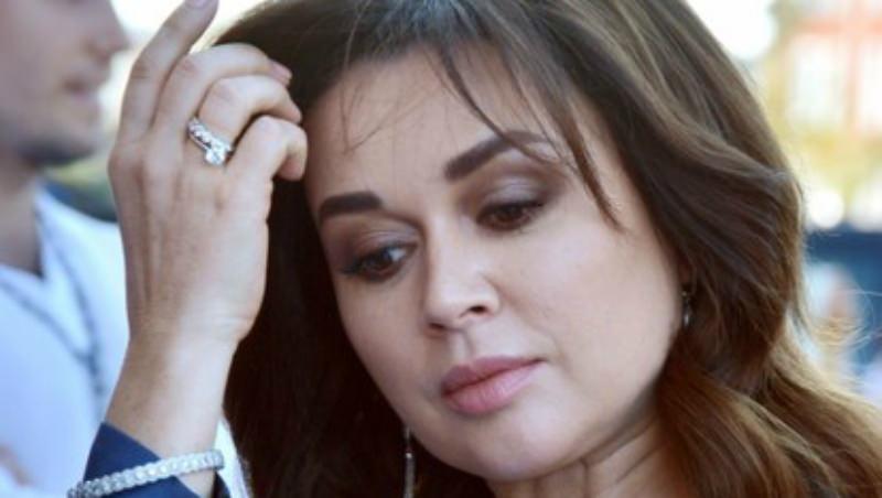 СМИ: Анастасия Заворотнюк попала в реанимацию из-за отека головного мозга