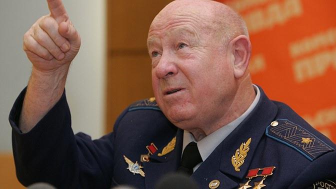 Первый, кто вышел в открытый космос, - ушел из жизни Алексей Леонов - Блокнот