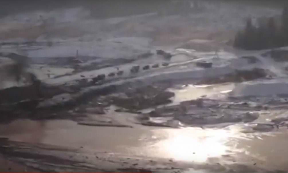 Последствия прорыва дамбы в Красноярском крае показали с воздуха