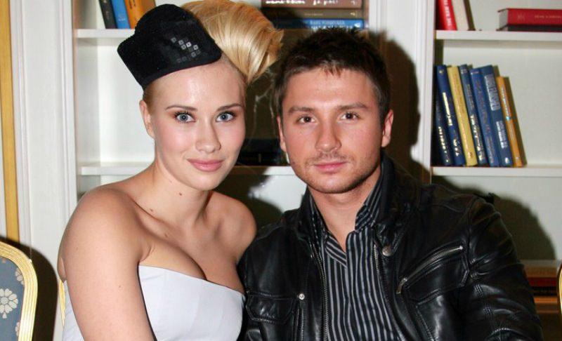 СМИ назвали биологическую мать детей Сергея Лазарева