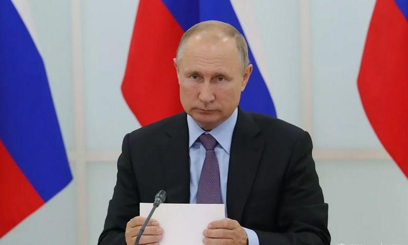 Путин поручил ввести уголовное наказание за пропаганду наркотиков в Сети