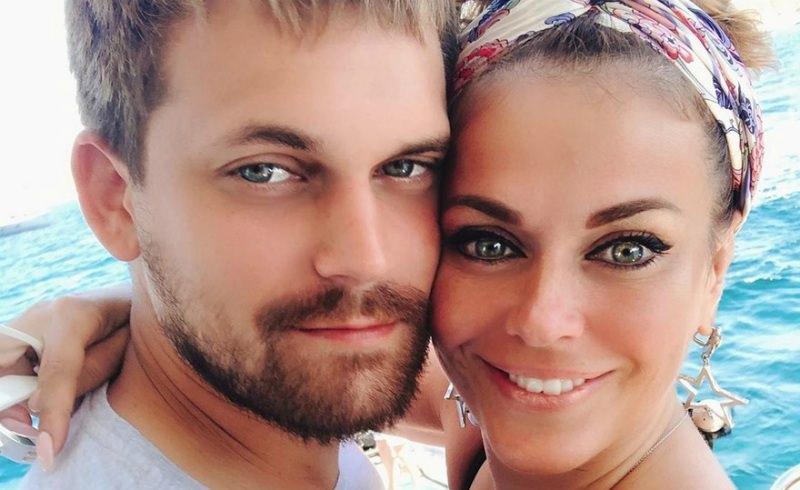 «Даже Джоли развелась»: 40-летняя Таня Терешина высказалась о браке с 24-летним мужем