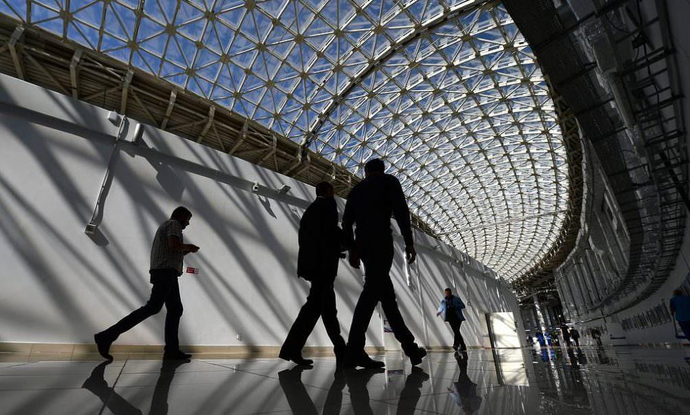 Три четверти россиян хотят получать зарплату