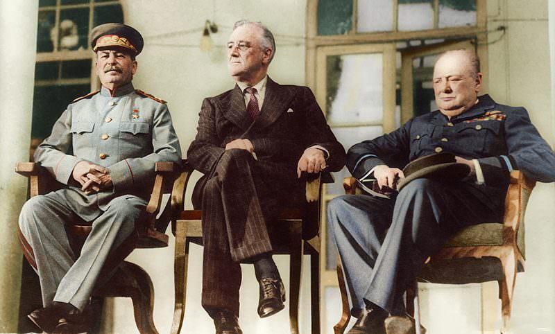Календарь: 28 ноября - Сталин, Рузвельт и Черчилль решили судьбу мира