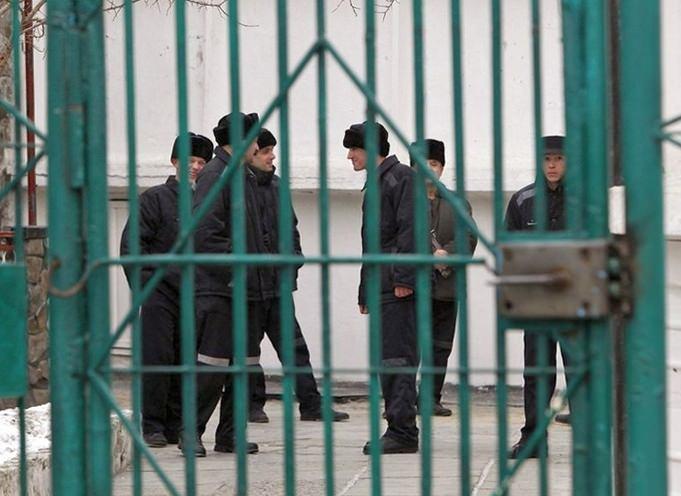 Россия начала платить тысячи евро жалующимся заключенным