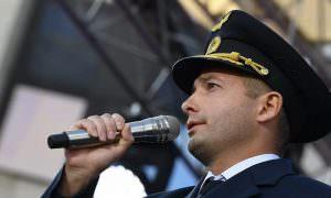 Пилот севшего в поле A321 вынужден скрывать имя от пассажиров