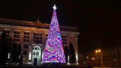 Кемеровская новогодняя елка стала причиной скандала на всю страну