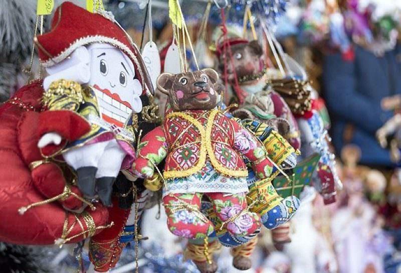 Эксперт рассказал, когда россиянам лучше покупать новогодние подарки