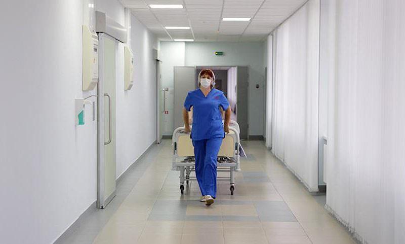 Санитары массово поувольнялись из российских больниц