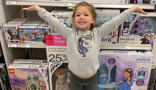 Мать семейства  отучила детей закатывать истерики в магазинах