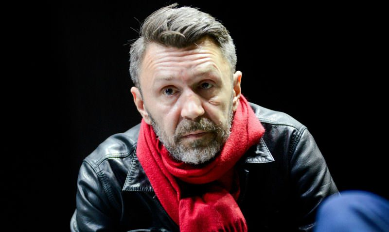 Шнуров раскритиковал Гагарину за выбор песен для участников шоу «Голос»