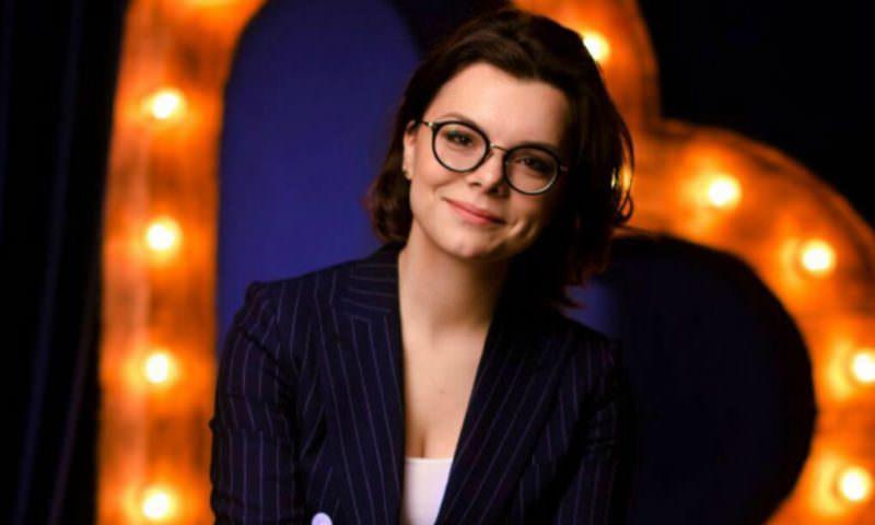 30-летняя помощница Петросяна заменила Надежду Бабкину в шоу «Модный приговор»