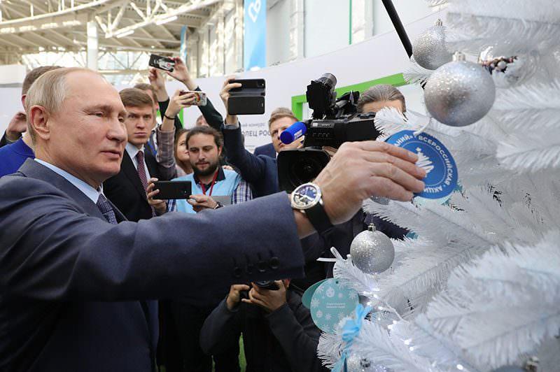 """""""Это легко"""": Путин вытянул новогоднее желание мальчика из детского дома - Блокнот Россия"""
