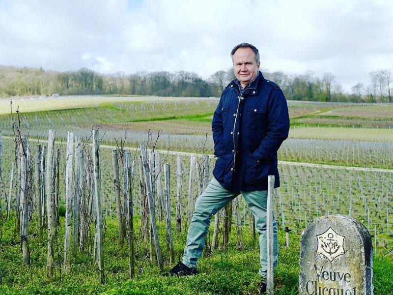 «В раю живете»: экс-губернатор позвал работников французского виноградника в Пермь