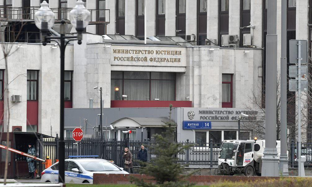 Минюст предлагает новые правила взыскания долгов с россиян