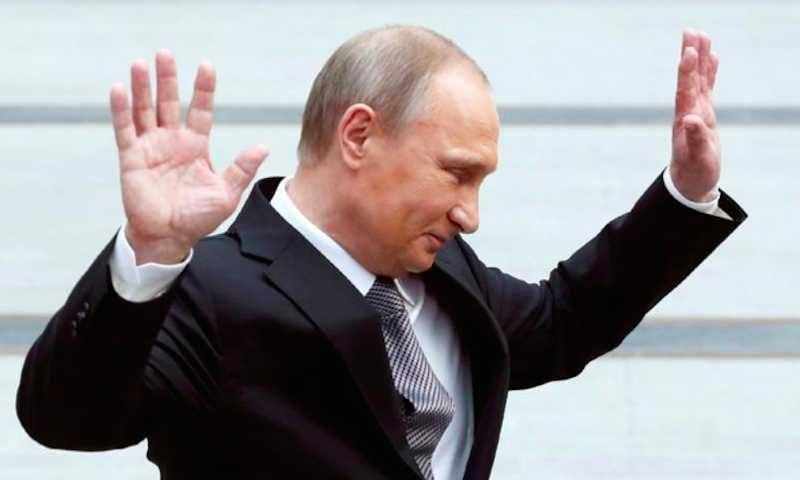 Путин согласился сделать день голосования по Конституции выходным