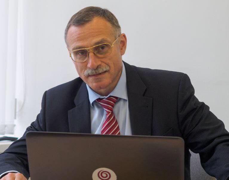 «Был слишком самостоятелен»: лидера «эсеров» в Мосгордуме свергли