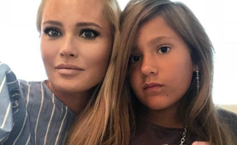 «У мамы старые «новые» проблемы»: дочь Даны Борисовой о ее зависимости